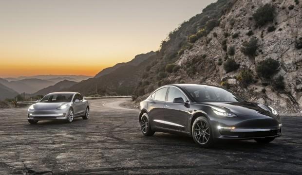 Tesla Model 3 üretim hedefini arttırdı