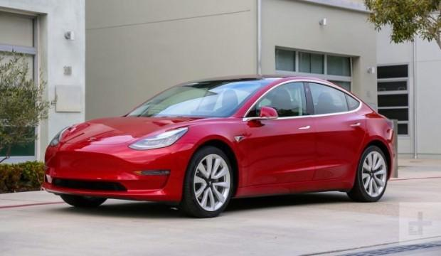 Tesla, Model 3 üretim hedefini tutturdu!