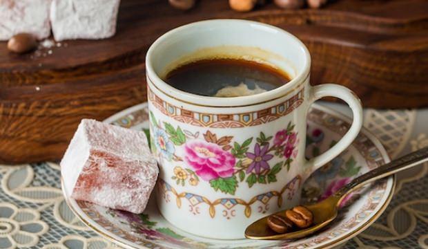 Türk kahvesinin bayatlaması nasıl önlenir?