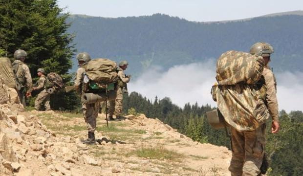 Müthiş takip! Teröristler sıkıştı asker yemin etti