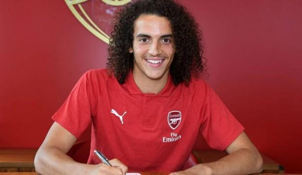 Arsenal'den 19'luk orta saha transferi!