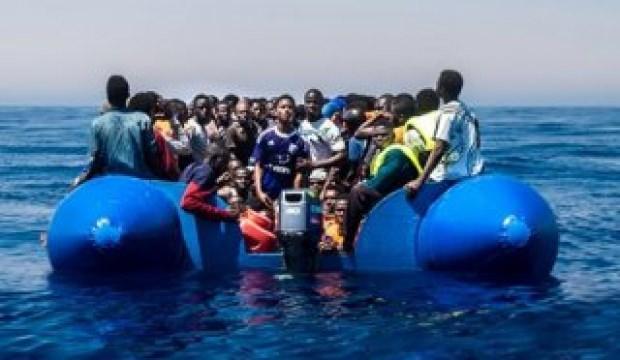 Libya açıklarında 104 göçmen kurtarıldı