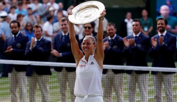 Wimbledon'da şampiyon Kerber! Serena'yı devirdi