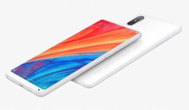 Xiaomi'nin beklenen telefonu satışa çıktı!