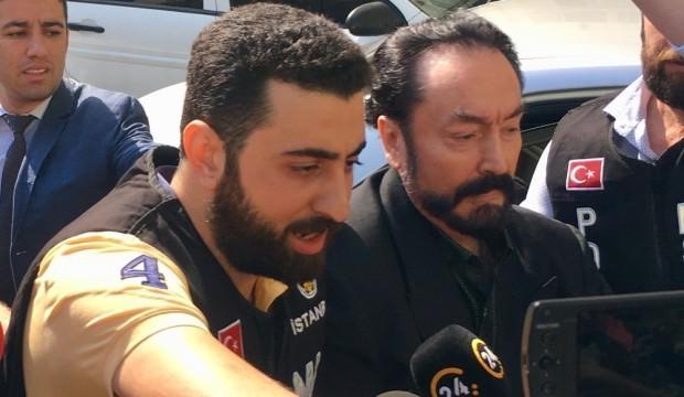 İsrail Yunan ve Mısır basını Oktar'ı öve öve bitiremedi