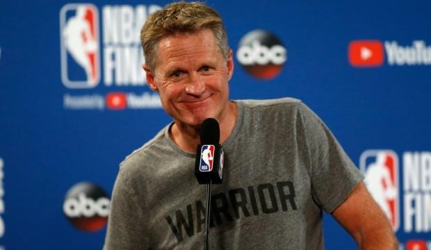 Golden State, Kerr'in sözleşmesini uzattı