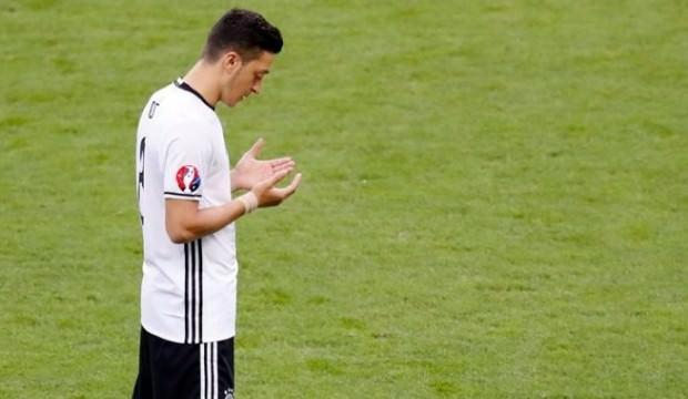 Alman basınında Mesut Özil yorumu