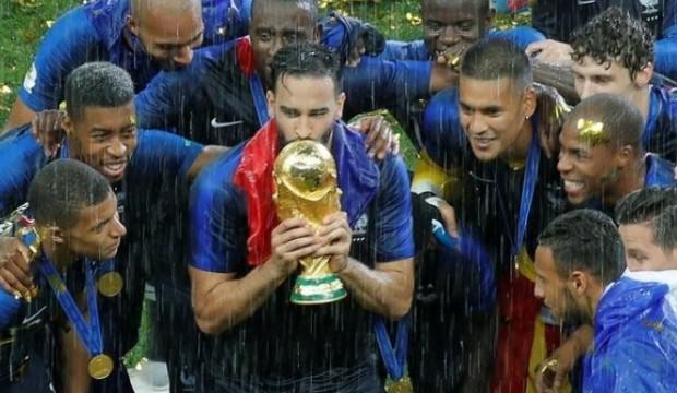 Fransız yıldız, milli takımı bıraktığını açıkladı!