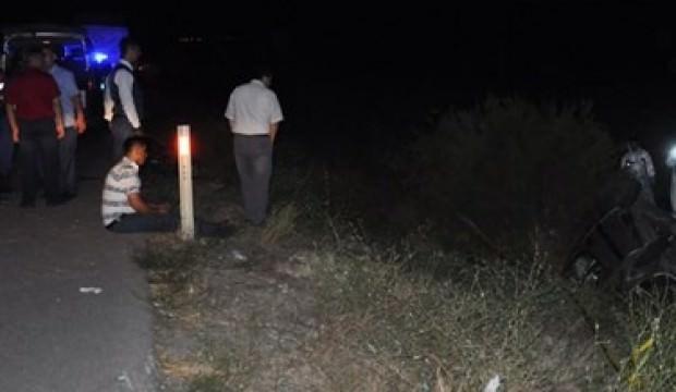 Otomobil şarampole devrildi: 2 ölü, 6 yaralı