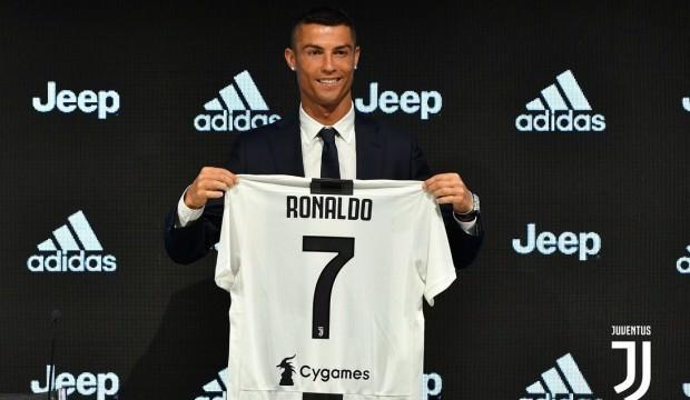 Avrupa'da transfer raporu! Ronaldo damga vurdu