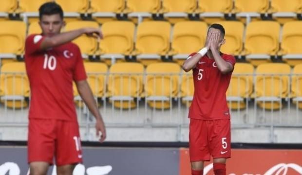 Türkiye, Fransa'ya 5-0 yenildi ve veda etti
