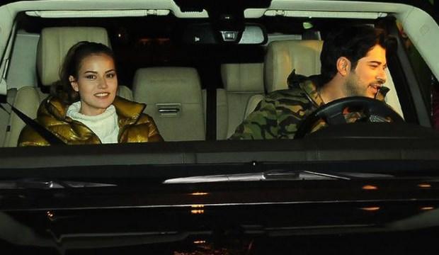 Burak Özçivit hem kendine hem eşine otomobil aldı