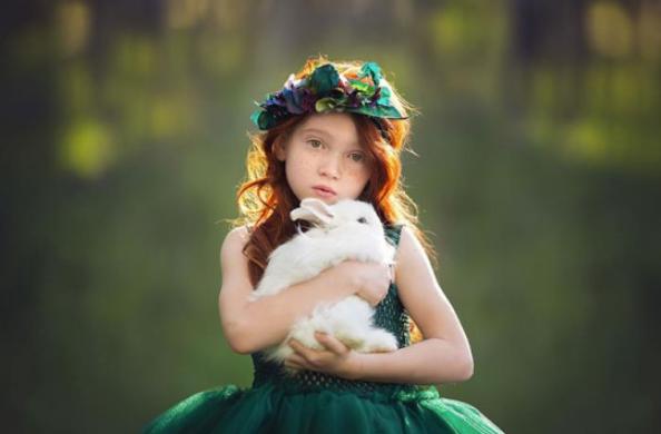Rüyada Kız Çocuğuna Sarılmak