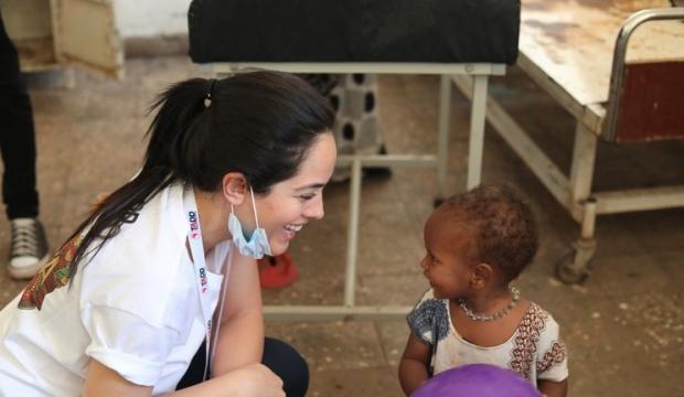 Bir iyilik perisi hikayesi: Nişantaşı'nı bıraktı Afrika yollarına düştü