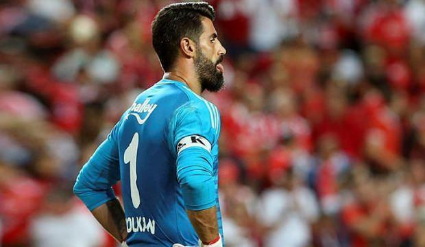 Benfica maçında Volkan gerginliği! 'Dokunma bana'