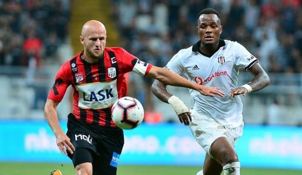 Beşiktaş'ın rakibi göğüs reklamını kapattı