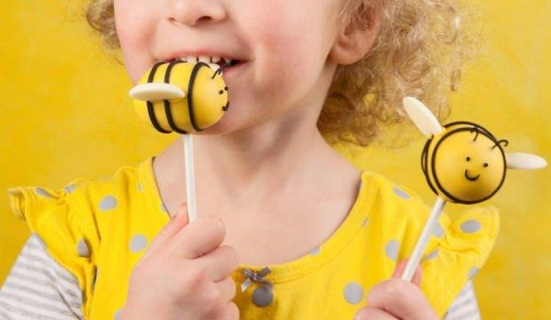 Çocuklar için en ilginç cupcake sunumları