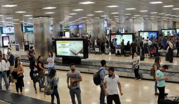 Atatürk Havalimanı'nda yolcu rekoru kırıldı