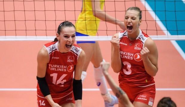 A Milli Kadın Voleybol Takımı, Montrö Masters Turnuvası'nın üçüncülük maçında Brezilya'yı 3-2 yenerek bronz madalyanın sahibi oldu.