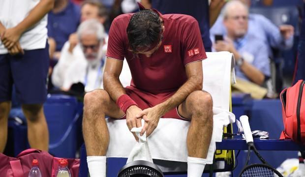Federer yıkıldı! Beklenmedik veda...