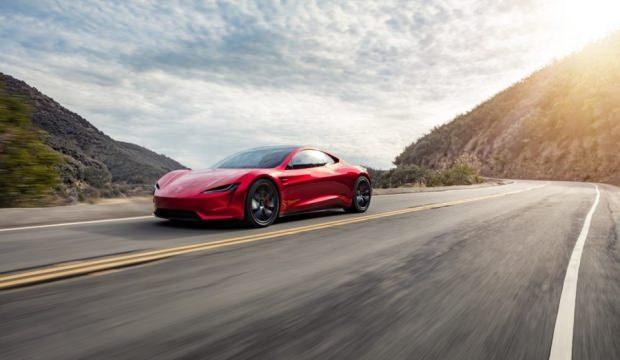 Tesla'nın yeni modeli göz kamaştırdı!