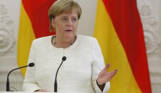 Merkel rotayı çizdi: Artık zamanı geldi