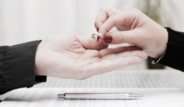 Aldatıldığını boşanıp öğrenince bakın ne yaptı?