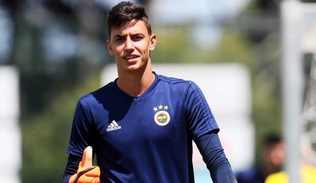 Berke Özer'den sürpriz transfer! Yeni takımı...