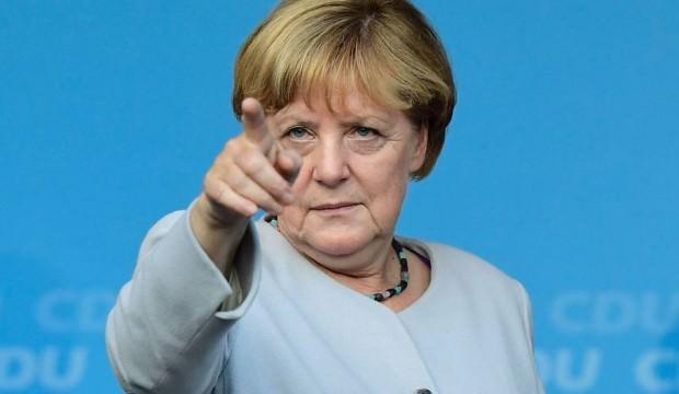 Merkel'den tehdit gibi açıklama!