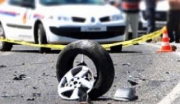 Polisten kaçan şüpheliler kaza yaptı