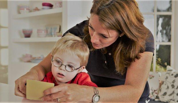SGK'dan engelli annesine Erken Emeklilik! Kim yararlanabilir, koşullar?