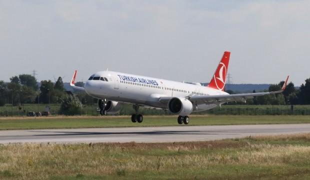 3'üncü Havalimanına inen ilk yolcu uçağı!