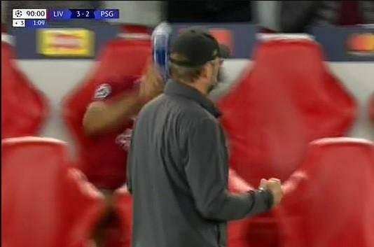 Salah'tan son dakika golüne şaşırtan tepki!