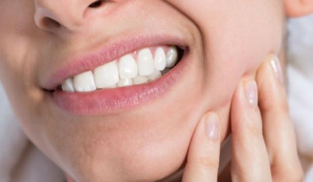 Diş çürüklerinden kurtulmanın doğal yolu!