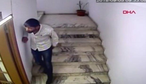 Girdiği ofiste telefonu çaldı kameralara yakalandı