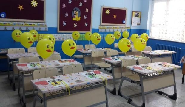 MEB: Yaklaşık 142 milyon ders kitabı dağıtılmıştır
