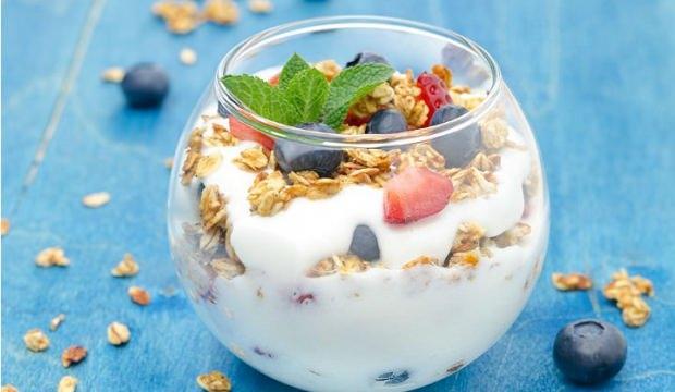 Meyveli yoğurt zayıflatıyor mu?
