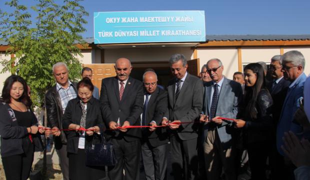 Kırgızistan'da millet kıraathanesi açıldı!