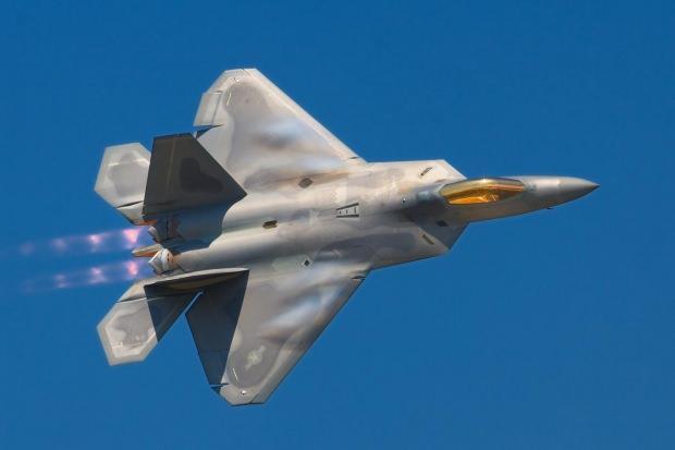 Amerika'nın bugüne kadar hiçbir ülkeye satmadığı F-22 savaş uçağı