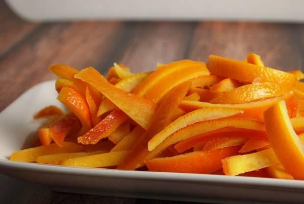 cildi nemlendiren portakal kabuğu maskesi