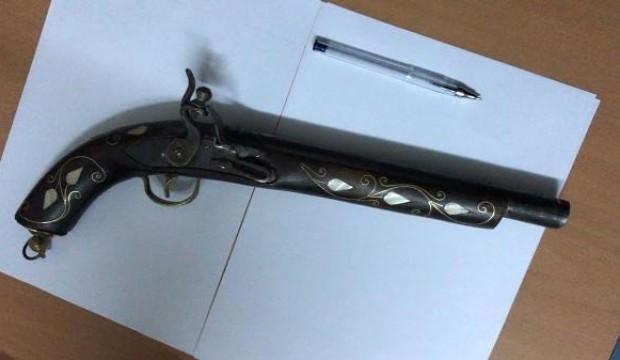 Çankırı'da 1850'li yıllara ait tüfek ele geçirildi