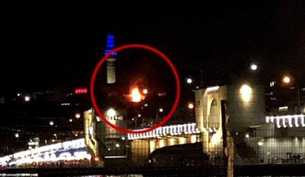 Eminönü'nde yangın! Ekipler sevk edildi