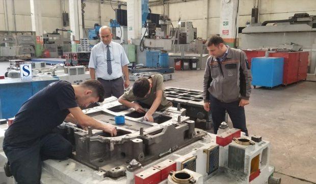 Fabrika'da iş garantili eğitim