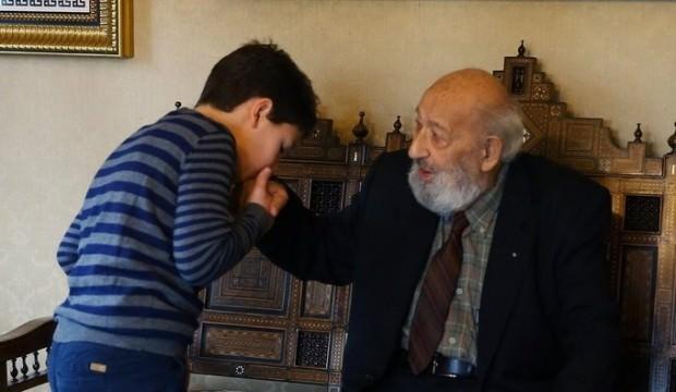 Bakan Albayrak'tan Ara Güler paylaşımı
