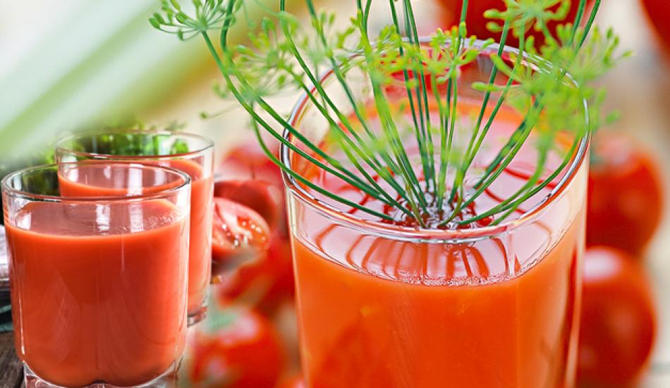 Saraçoğlu'ndan zayıflatan domates suyu kürü
