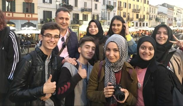 Atakum Anadolu İHL öğrencileri İtalya'dan döndü