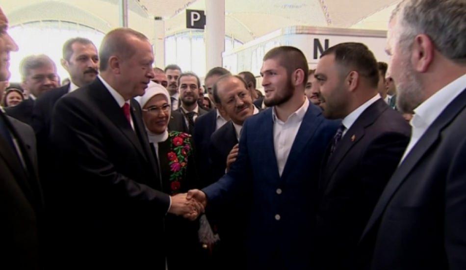 İstanbul Havalimanı'nın açılışına ünlü akını