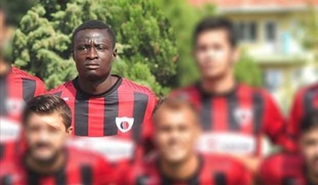 Maç sırasında kalp krizi geçirip hayatını kaybetti