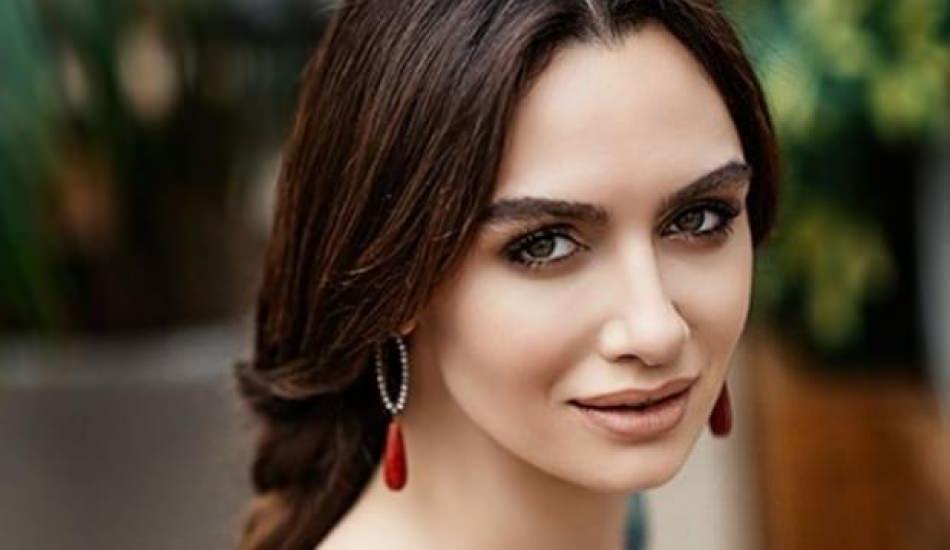 Ünlü oyuncu Birce Akalay ipleri kopardı