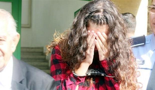 Erkek arkadaşını bıçaklamıştı, hapis cezası aldı!